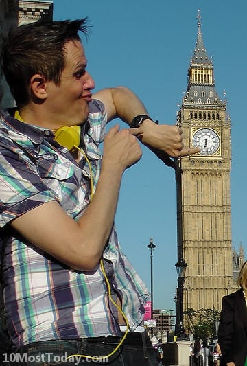 Forced perspective photos with the Big Ben and Elizabeth Tower