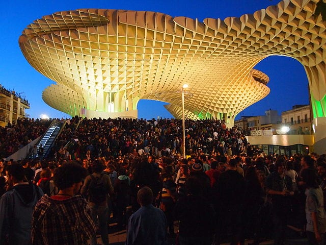 Best Attractions In Seville: Metropol Parasol