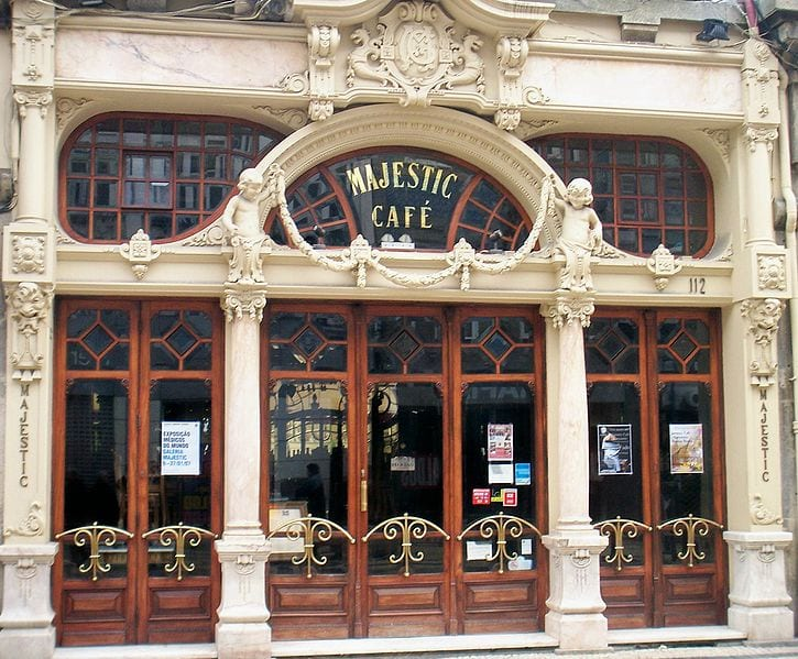 Best Attractions In Porto: Café Majestic