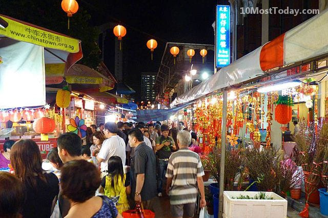 Night market in Singapore's Chinatown