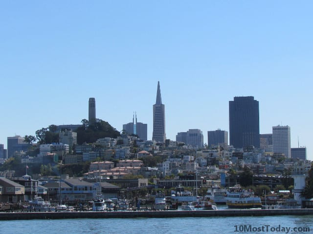 View of the San Francisco skyline from the boat tour
