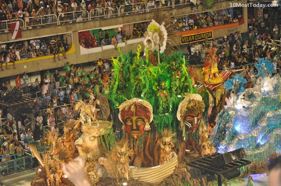 Annual World Festivals Worth The Trip: Rio Carnival