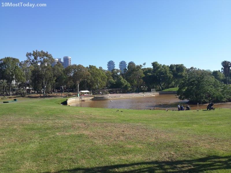 Best Attractions In Tel Aviv: Yarkon Park