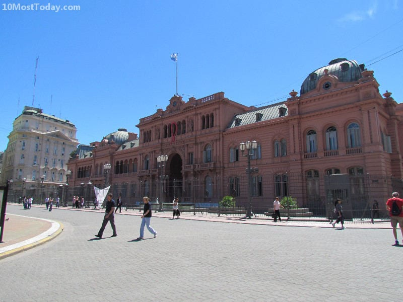 Best Attractions In Buenos Aires: Casa Rosada