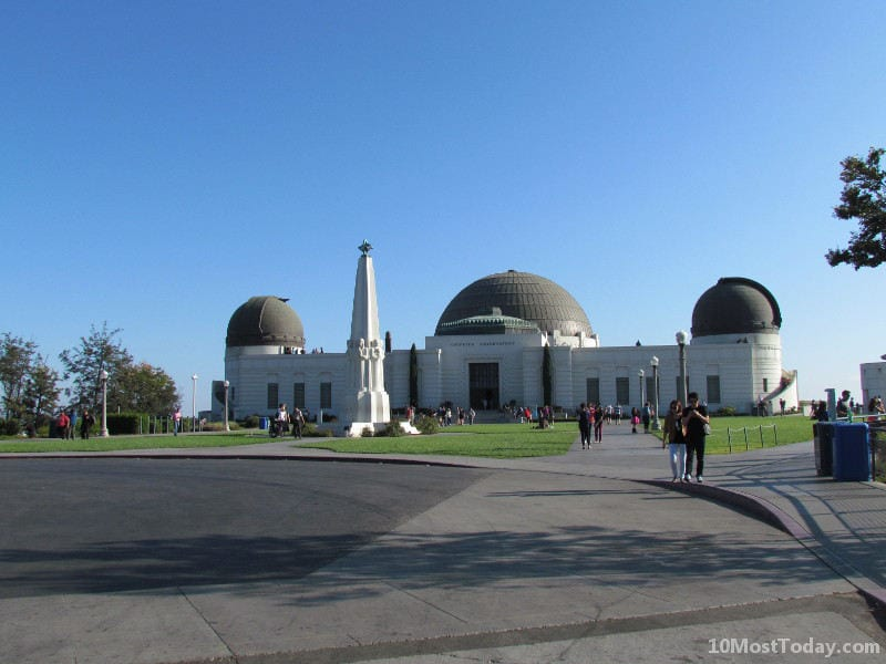 Best Attractions In Los Angeles: The Griffith Observatory in Griffith Park
