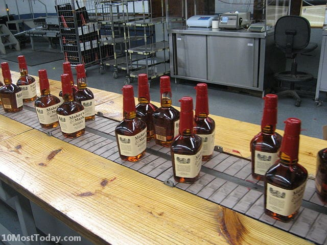 Best Whisky Distillery Tours In The World: Maker's Mark Distillery