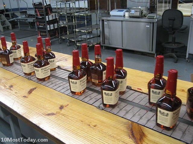 Best Whisky Distillery Tours In The World: Maker's Mark Distillery
