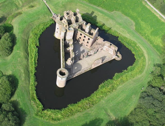Most Amazing Moats In The World: Caerlaverock Castle