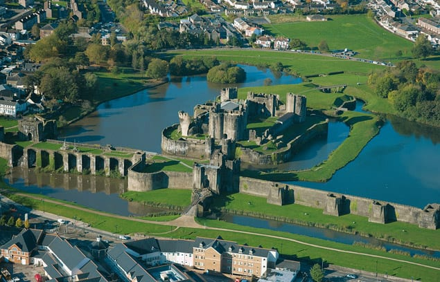 Most Amazing Moats In The World: Caerphilly Castle