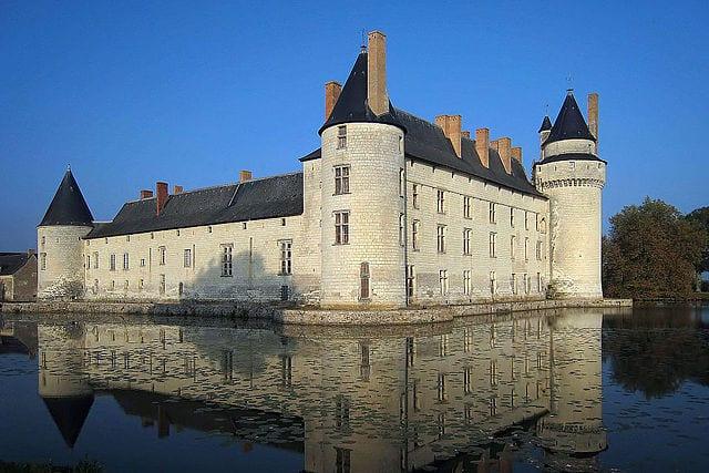 Most Amazing Moats In The World: Château du Plessis-Bourré