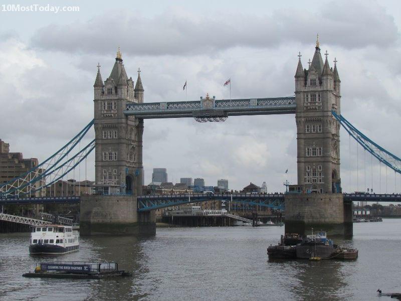 Most Amazing Drawbridges In The World: Tower Bridge, London