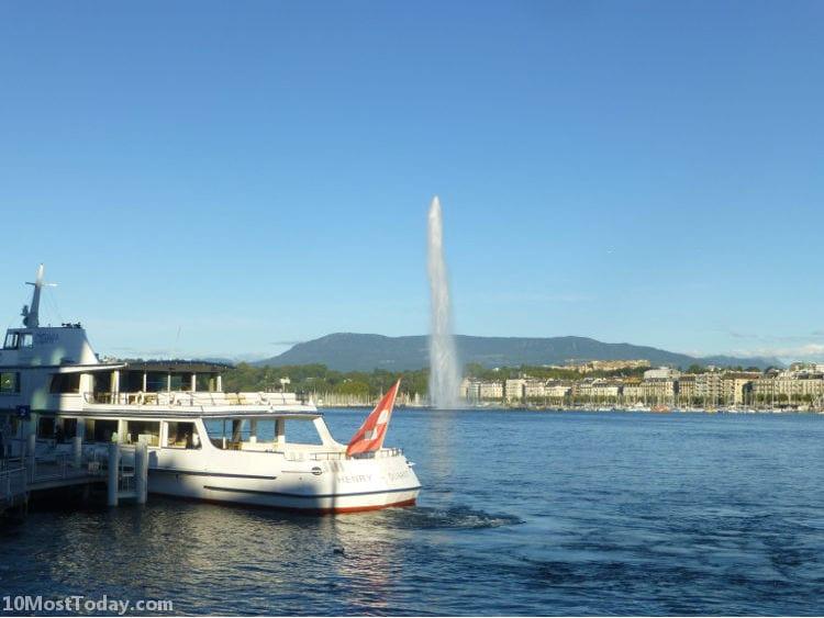 Best Attractions Around Lake Geneva: Geneva