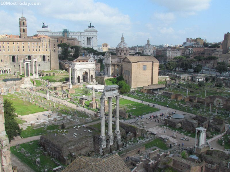 Destinations For History Enthusiasts: Rome, Italy (The Roman Forum)