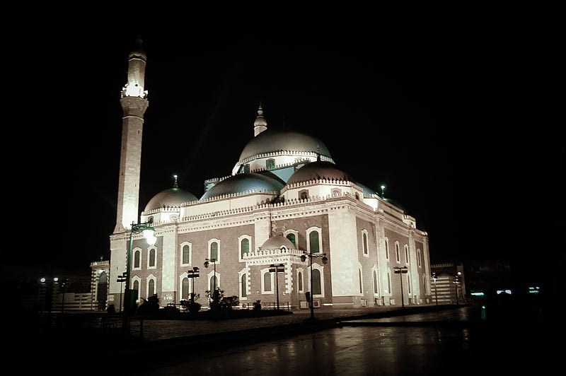 10 Monuments Destroyed By War: Khalid ibn al-Walid Mosque