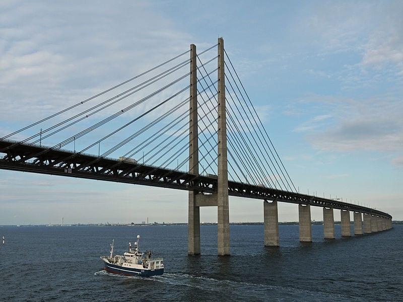 Bridges That Cross International Borders: Øresund Bridge, Denmark and Sweden