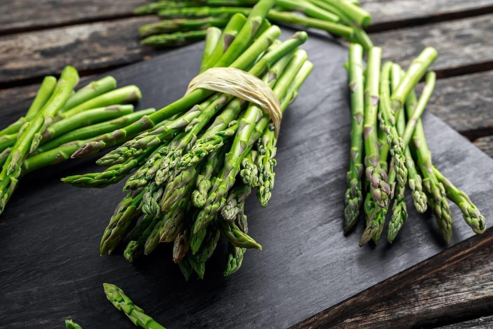 Healthy Foods for Senior Citizens - asparagus