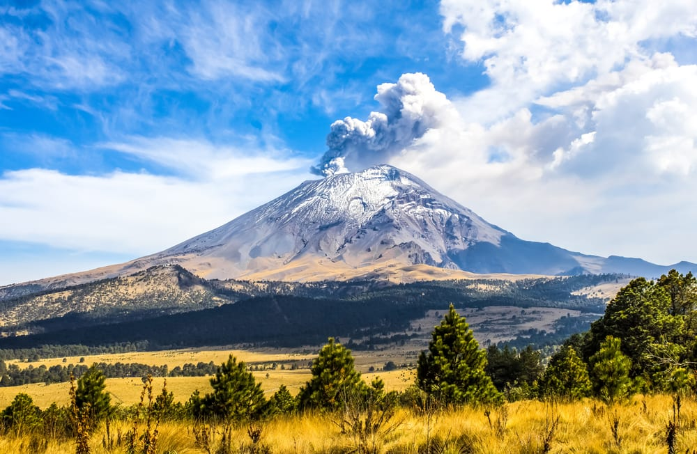 Most Stunning Volcanoes - Popocatepetl Volcano