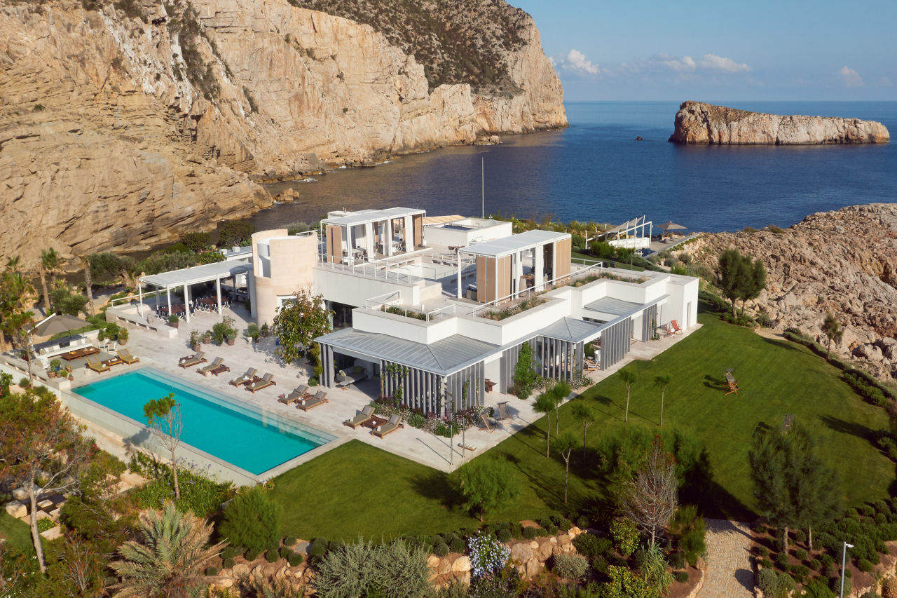 Most Expensive Resorts - Isla de sa Ferradura in Spain
