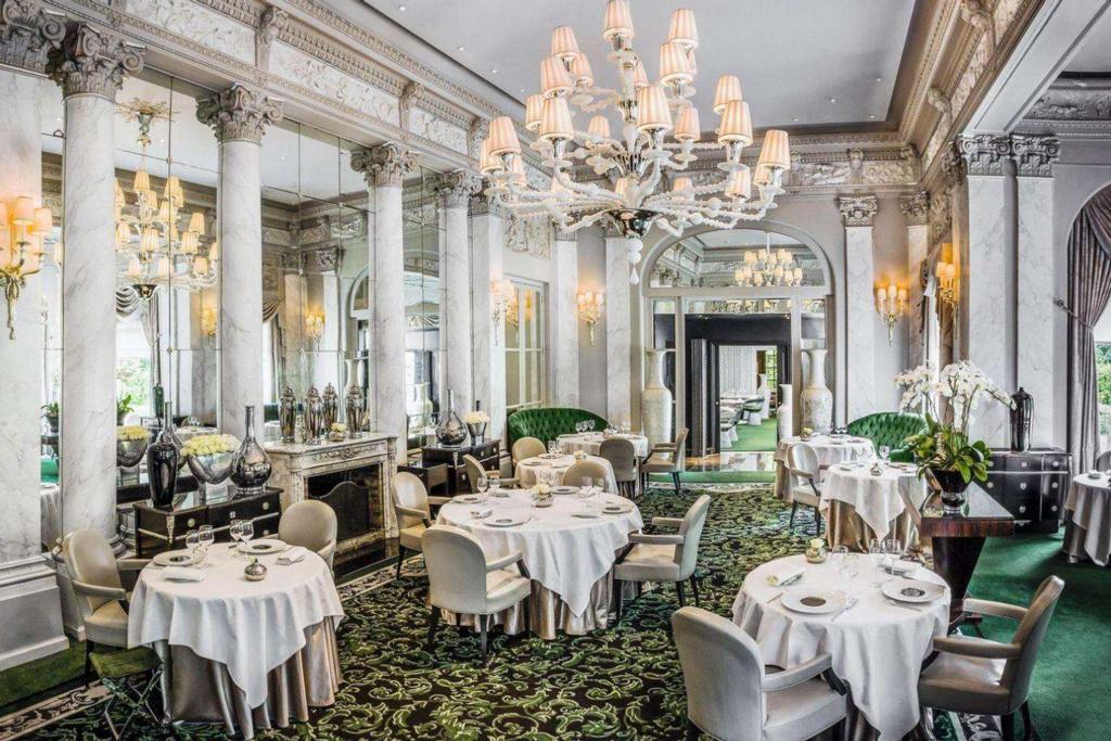 Most Expensive Restaurants - Le Pre Catelan