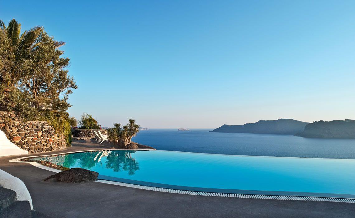 Perivolas Hotel Infinity Pool